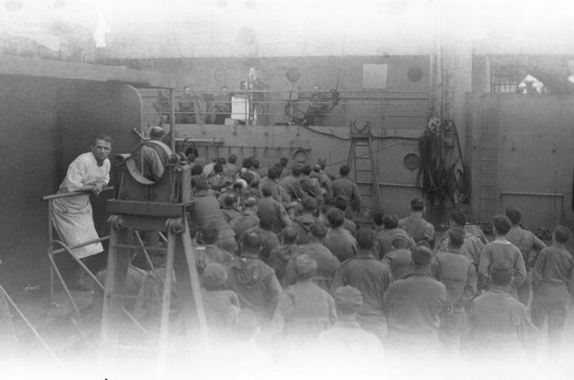 Never Before Seen WWII Film Footage (21 pics) - Picture #9