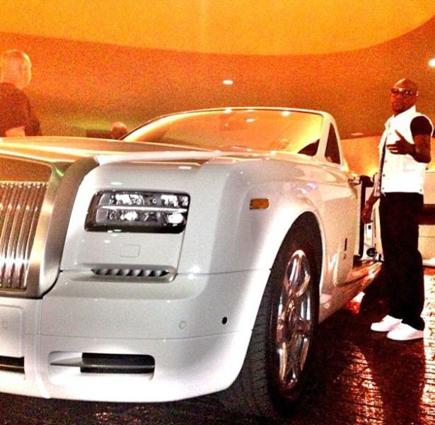 The Real Daily Life of Boxing Legend Floyd Mayweather