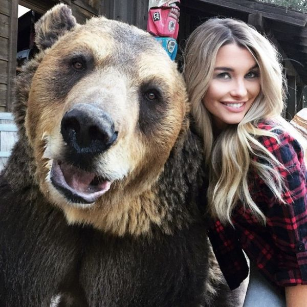Emily Sears Shares A Selfie with a Very Scary Friend