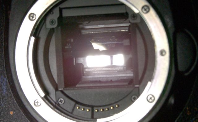 Inside a DSLR Camera at 10,000fps