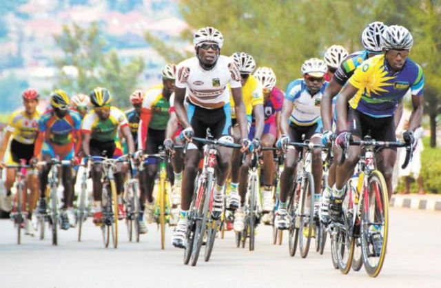Rwanda Team Make an Impromptu Stop During a Race When They See This