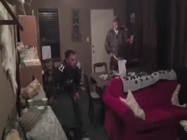 Seattle Fan Goes Psycho After His Team Loses the Super Bowl  (VIDEO)
