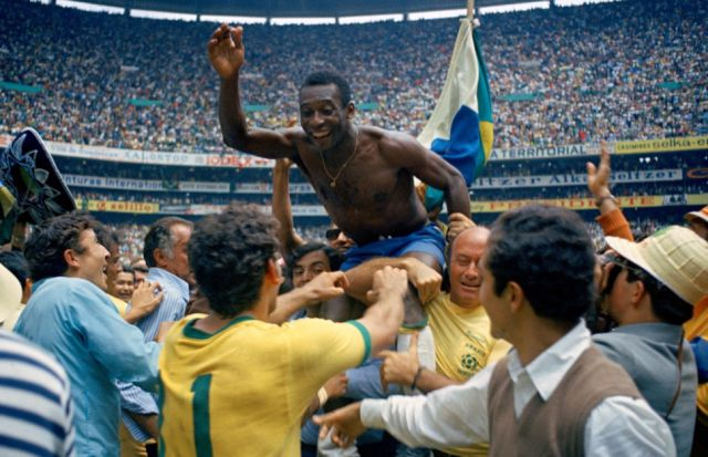 A Brief Photo History of Football over the Years