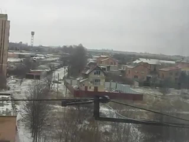 Pro-Russian Separatists Rocket Attack on Kramatorsk, Ukraine  (VIDEO)