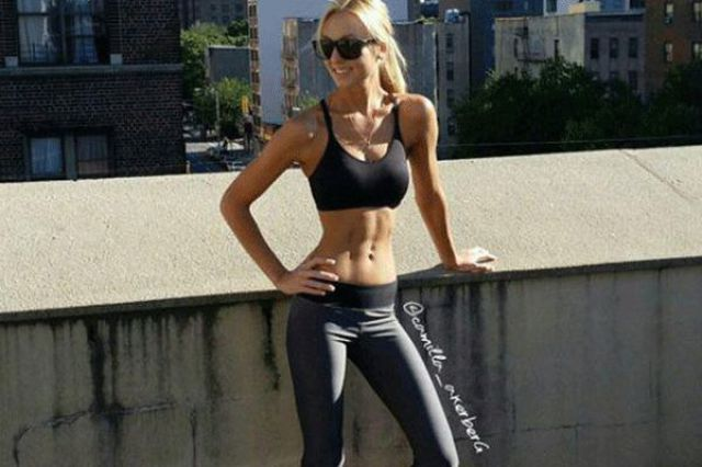 Sexy Fit Girls Make Strong Look Beautiful
