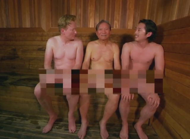 Actor Steven Yeun (The Walking Dead) & Conan Visit a Korean Spa