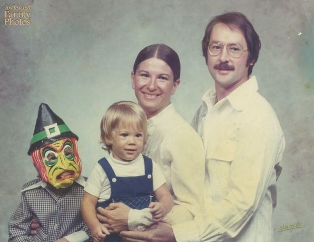 Kids Who Don't Give a Damn about the Perfect Family Portrait