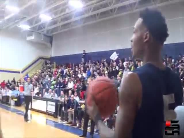 High School Basketball Player Throws Inbound ass Off Defender's Back for Dunk  (VIDEO)
