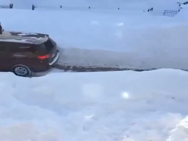 Some Manage to Make the Most of Winter in Boston  (VIDEO)
