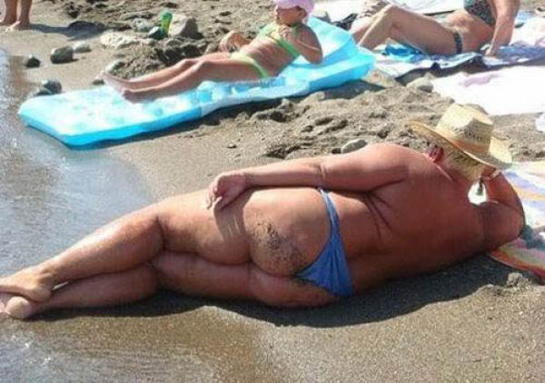 Weird Beachgoers That Will Totally Ruin Your Beach Day