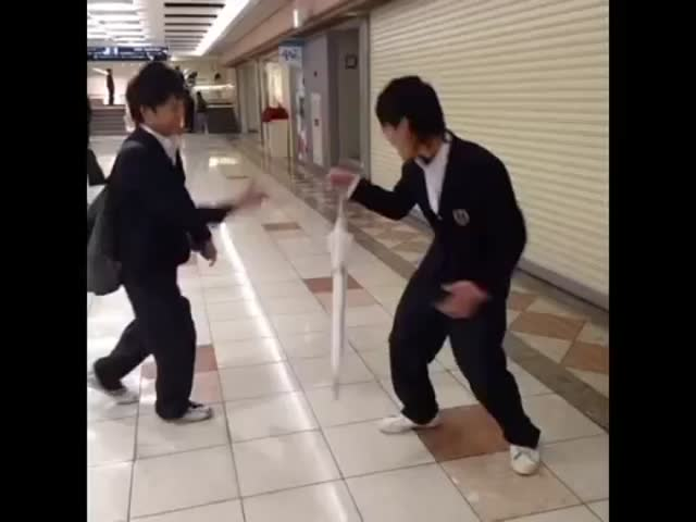 Crazy Japan High School Student Vine Videos  (VIDEO)