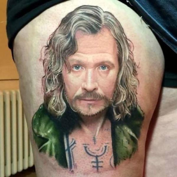 Tattoo Lovers Gather Around