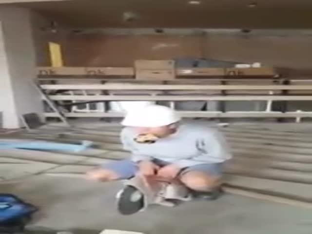 When You're Bored at Work...  (VIDEO)
