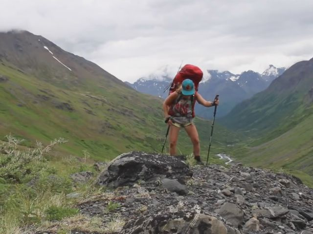 19-Year-Old Girl Goes Backpacking Alone across Alaska for 47 Days