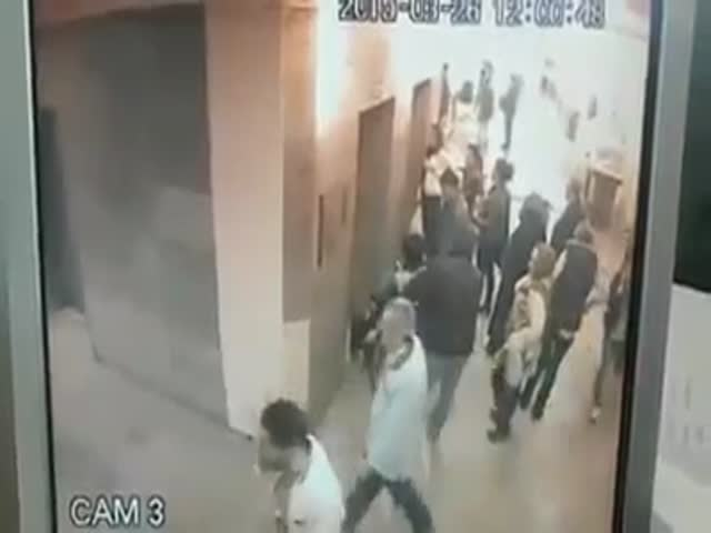 Turkish Woman Leaves a Little Surprise Behind Her in Istanbul Hospital  (VIDEO)