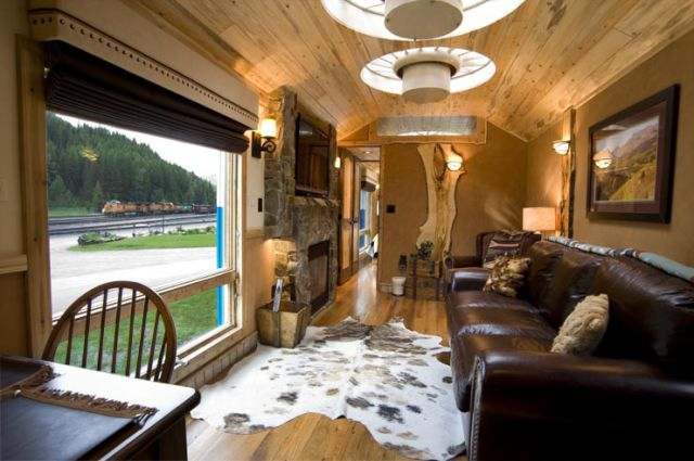 This Old Train Cabin Is Not What You Would Expect