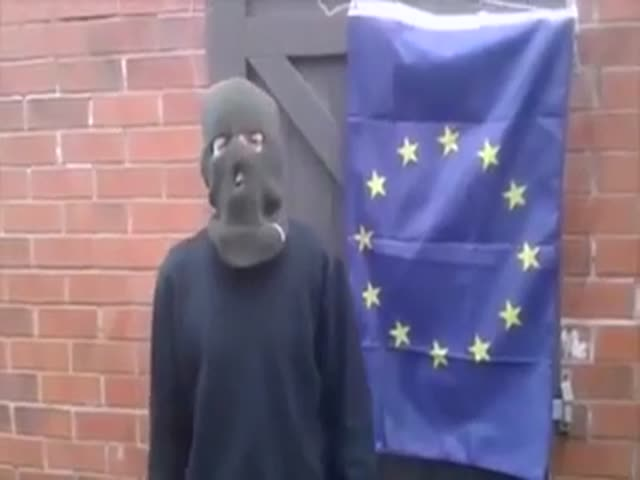 Man Tries to Burn EU Flag  (VIDEO)