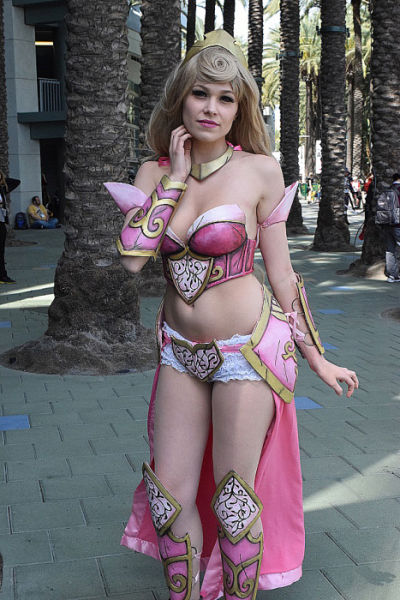 The Awesome Comic Cosplay of Wondercon 2015