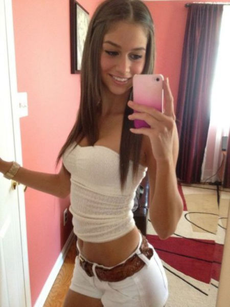 Hot Girls Rock Their Short Shorts