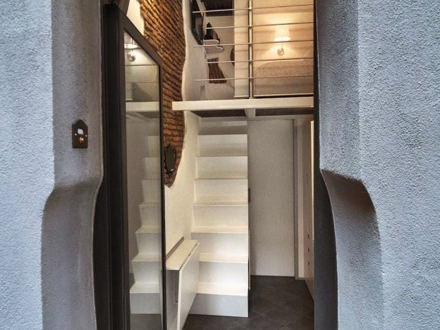 A Cute Compact Apartment in Rome