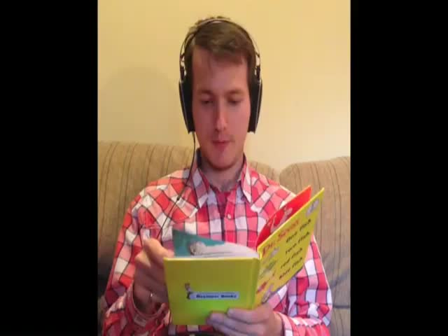 Guy Tries to Read a Children's Book with a Speech Jammer  (VIDEO)