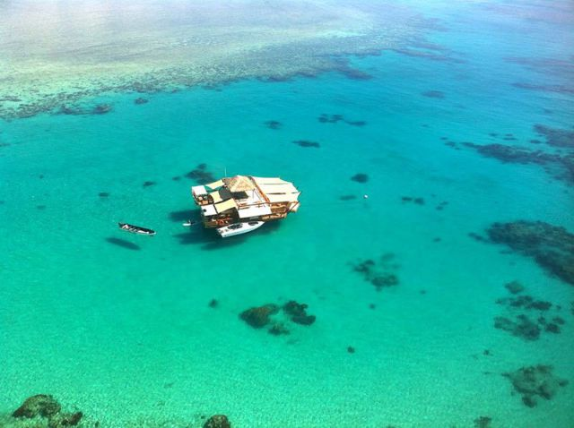 A Stunning Floating Bar That Is a Must-Visit Venue in Fiji