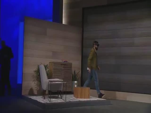 Mind-Blowing Microsoft HoloLens Simulation
