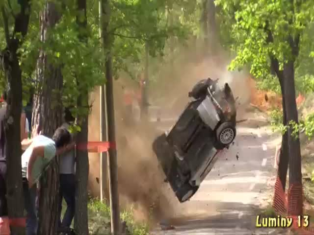Impressive Crash during Rally