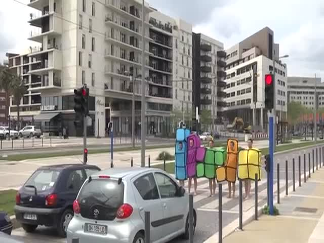 Tetris in Real Life  (VIDEO)