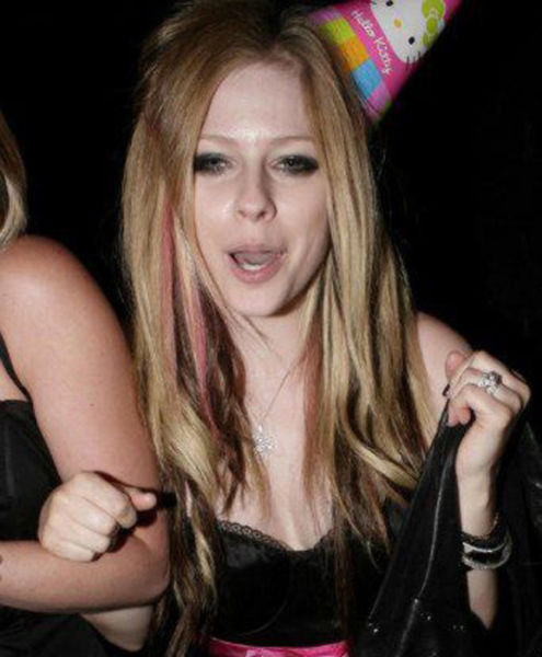 Amusing Pics of Slightly Too Tipsy Celebs