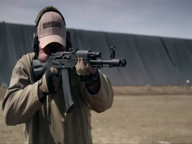Stunning Slow-Motion Footage of a Fully Automatic AK-74 Firing  (VIDEO)