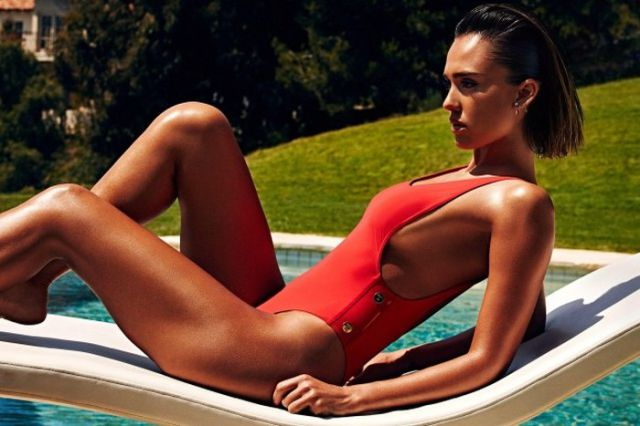 Jessica Alba's Beach Body Is as Picture Perfect as Ever