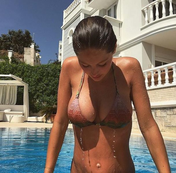Wet and Wonderful Women