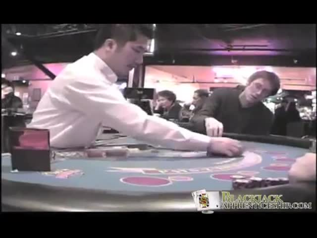 What Happens When a Casino Pit Boss Catches a Card Counter  (VIDEO)