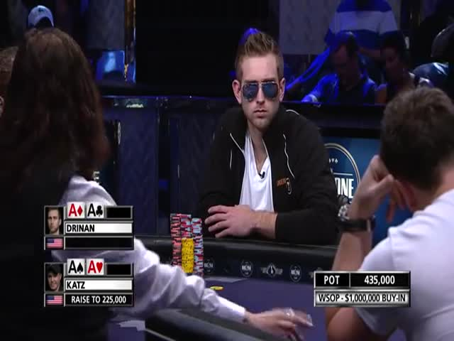Check Out This Crazy Poker Hand  (VIDEO)