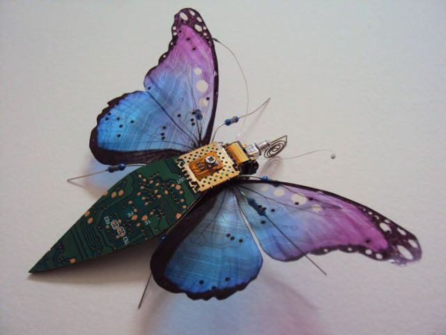 Creative Lady Turns Outdated Electronics into Flying Insects