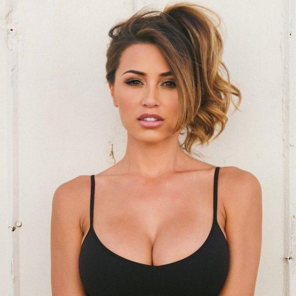 Ana Cheri Is the Sexy New Hottie of Instagram