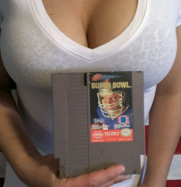 This Girl Uses Her Best Assets to Sell Video Games on eBay