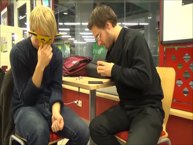 Blindfolded Dudes Ace a Rubik's Cube in Minutes