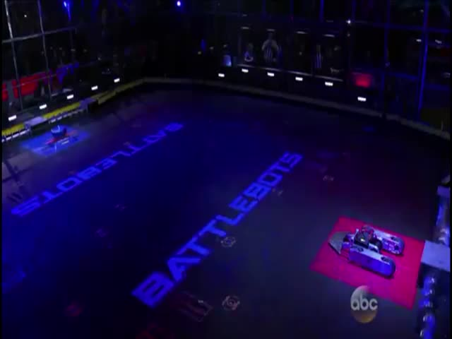 This Crazy War between Battlebots Is Really Awesome to Watch