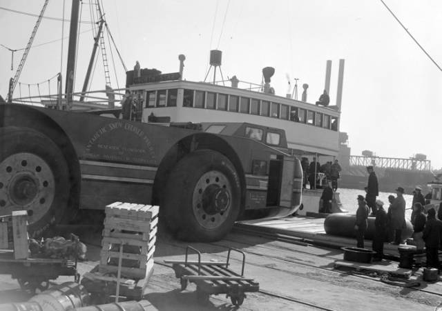 This Historic Antarctic Snow Cruiser Was a Giant Disaster