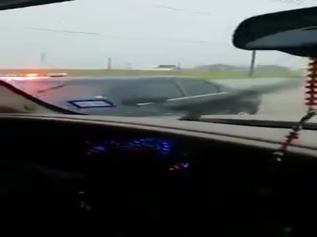 Texas Police Officer Gets Stuck In Window