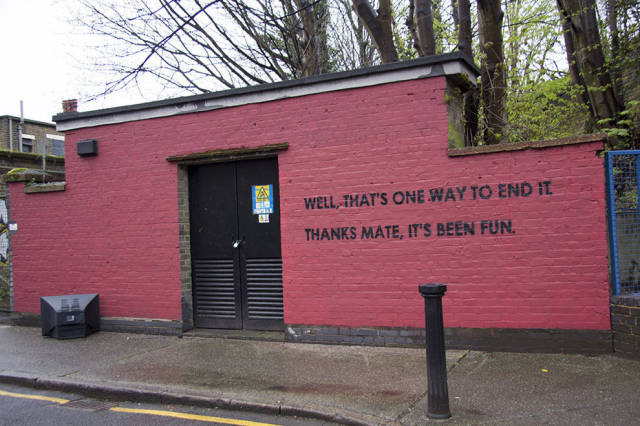 Funny Graffiti Artist Takes Trolling Up a Level When He Challenges the City Workers