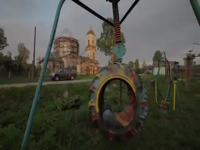 Russian Kiddie Playgrounds Have the Craziest Rides