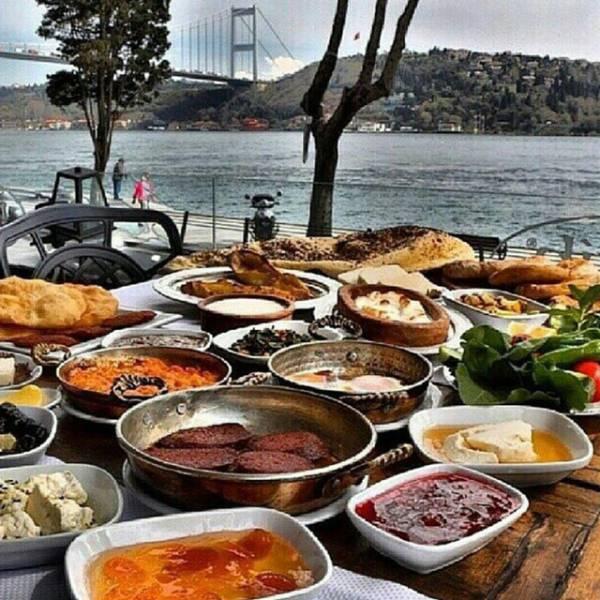 Turkey's Spoilt Rich Kids Definitely Live the High Life