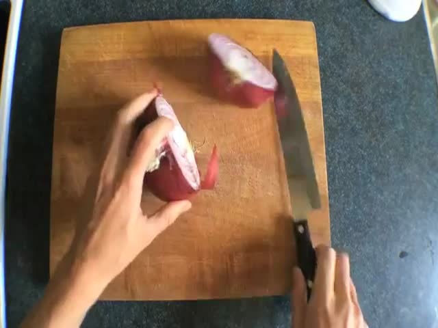 The Easiest Methods for Chopping an Onion