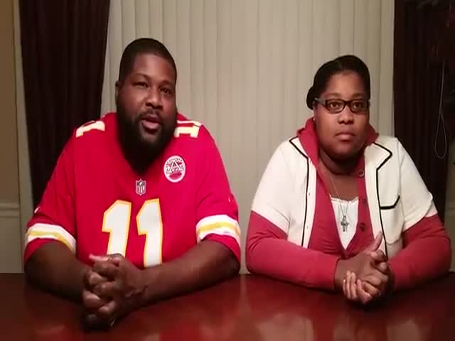 Daughter Outshines Her Dad in a Beatboxing Battle