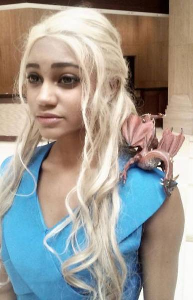A Daenerys Targaryen Doppleganger on Tumblr