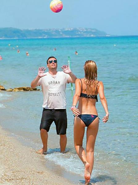 Elena Rapti Is the Hottest Woman in Greek Parliament