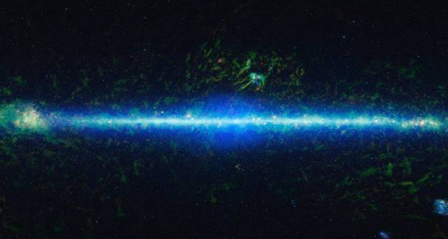 Light Spectrums Change the Way the Milky Way Looks to the Naked Eye